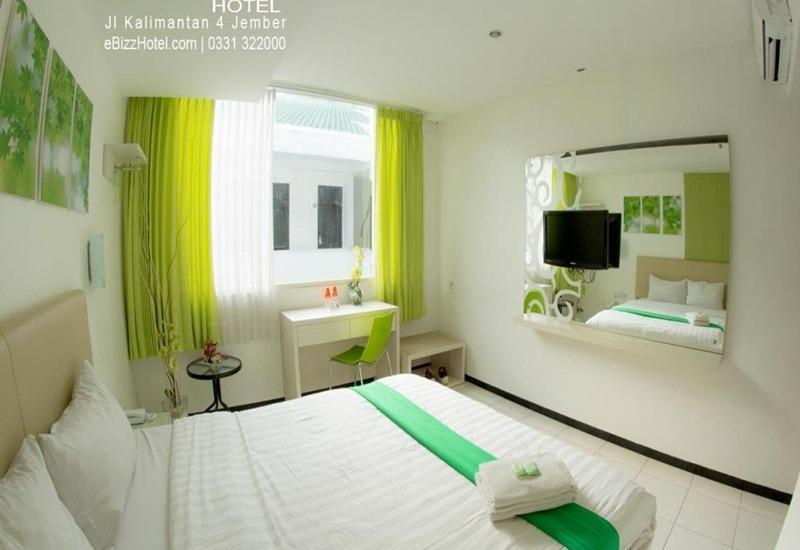 eBizz Hotel Jember - Kamar Deluxe
