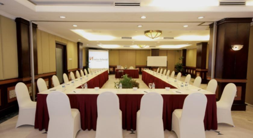 Swiss-Belhotel Tarakan - meeting room