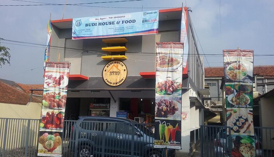 Budi House & Food Station Bandung -
