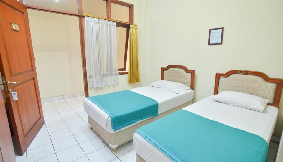 Hotel Astria Graha Bandung - Superior Room Only Spesial Deal 30%
