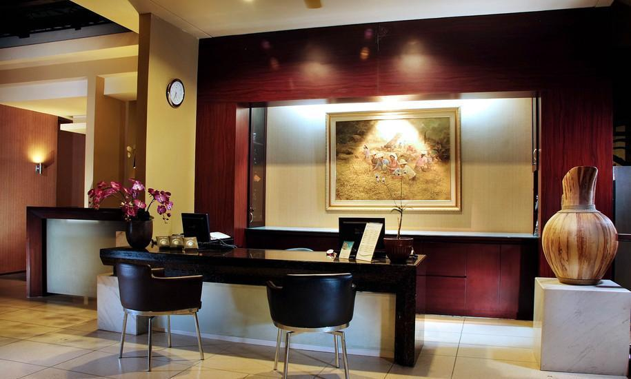 100 Sunset Boutique Hotel Bali - Lobby