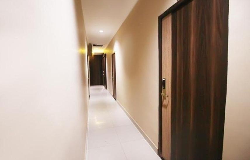 Residence 61 Jakarta - Koridor