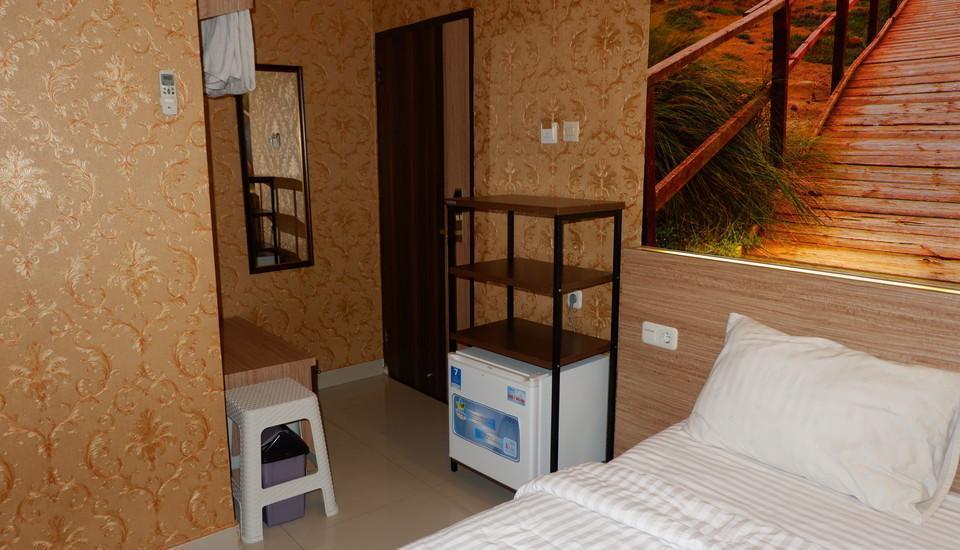 Residence 61 Jakarta - Deluxe Room Weekdays Promo