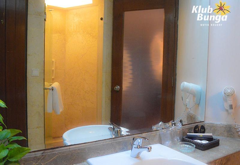 Klub Bunga Butik Resort Batu - Superior Room Regular Plan