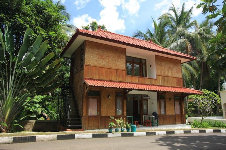 Resort Prima Sangkanhurip Kuningan - DrugStore