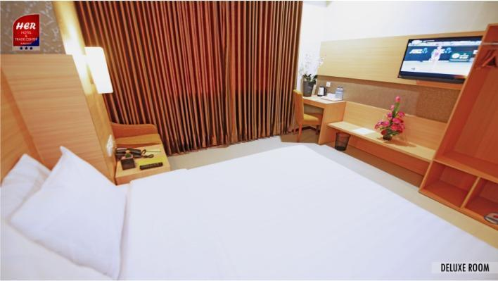 Her Hotel & Trade Center Balikpapan - Deluxe Double
