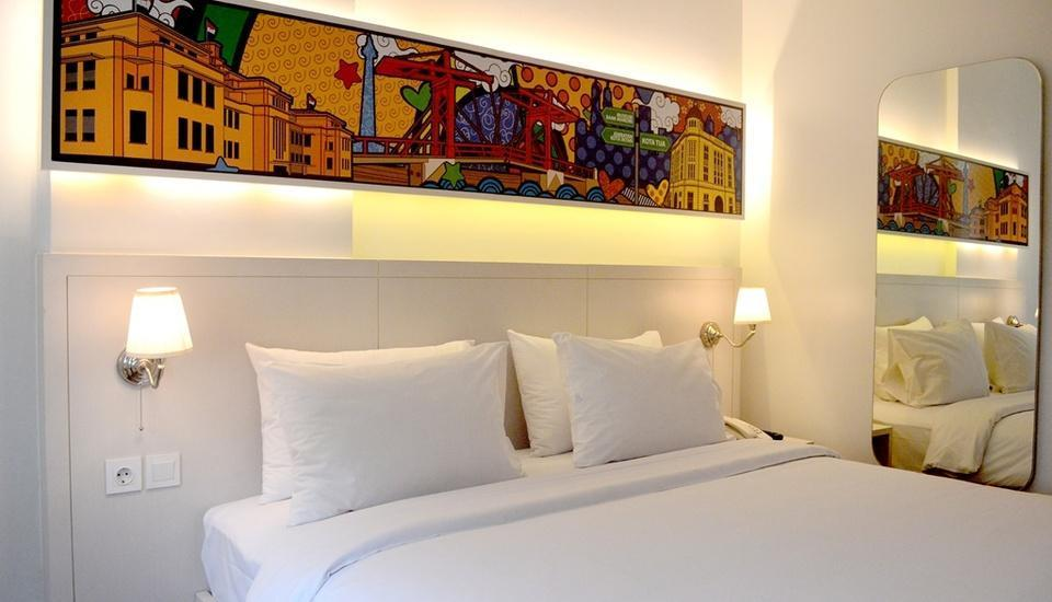 MaxOneHotels Glodok - Max Happiness Room