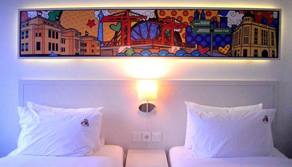 MaxOneHotels Glodok - Happiness Twin Bed Breakfast Regular Plan