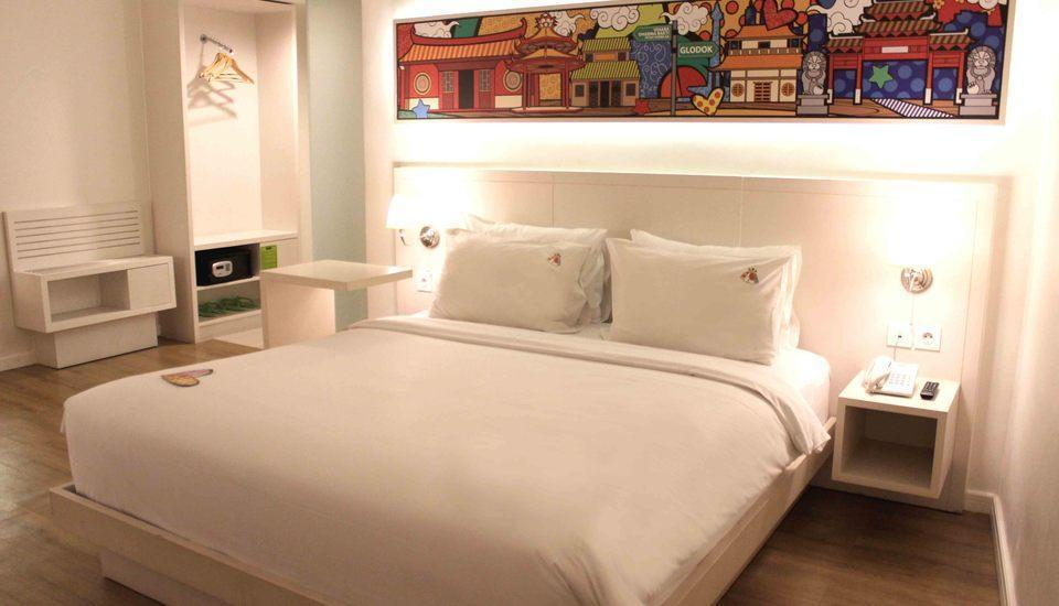 MaxOneHotels Glodok - Max Warmth Double Bed Breakfast Regular Plan