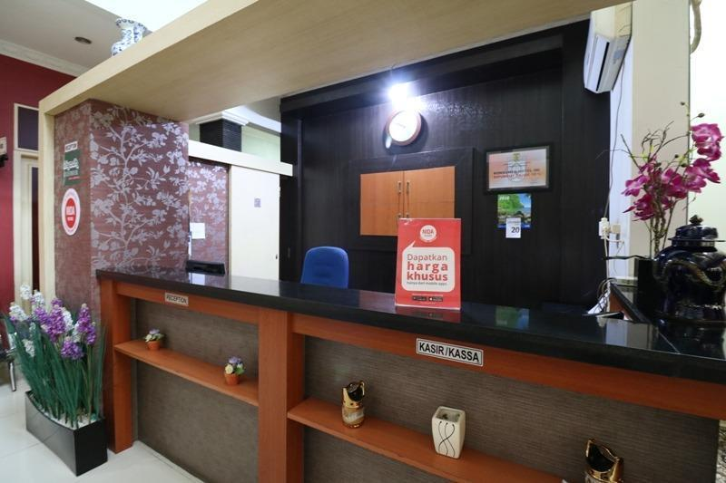 NIDA Rooms Airport Taman Siring Banjarbaru Banjarbaru - Resepsionis