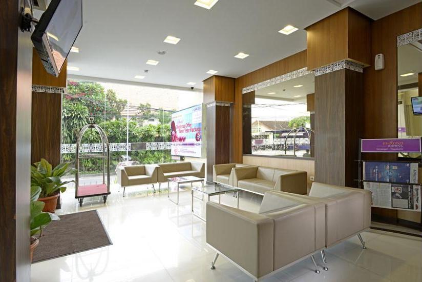 Midtown Xpress Demangan Jogja - Reception Hall