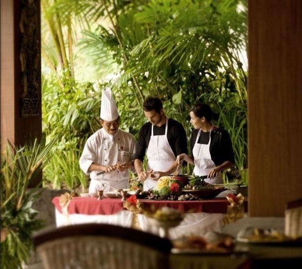 Royal Pita Maha Ubud - Dining