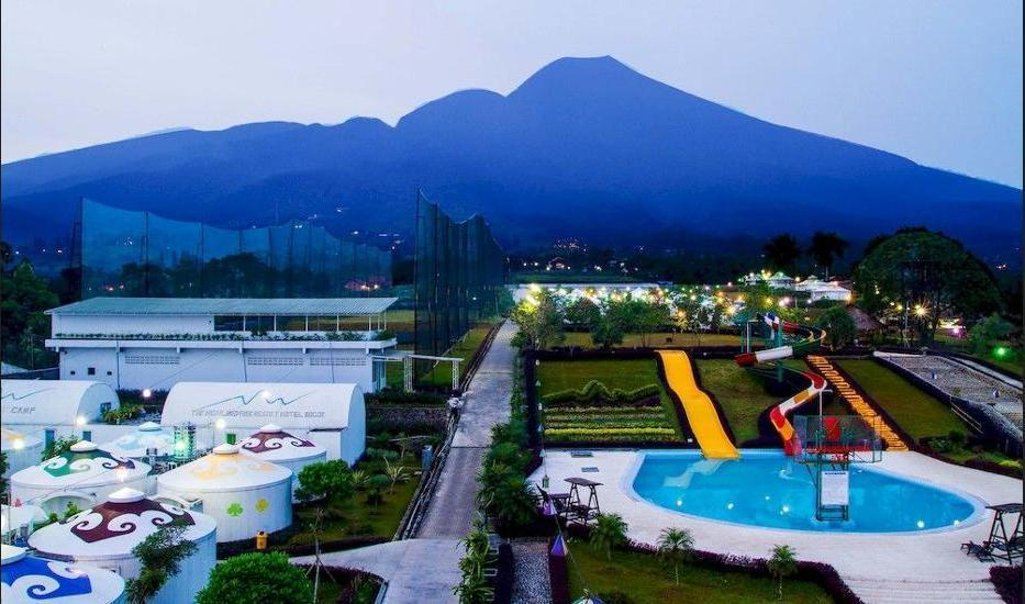The Highland Park Resort Bogor - Mountain View