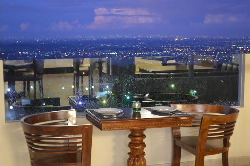The Highland Park Resort Bogor - Restaurant