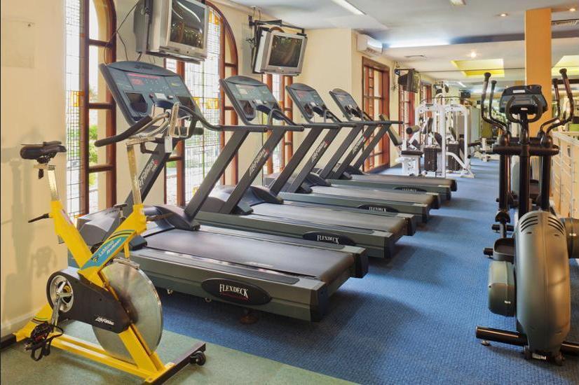 Crowne Plaza Hotel Jakarta - Gym
