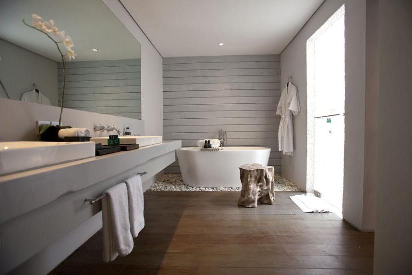 The Lombok Lodge Senggigi - Deep Soaking Bathtub