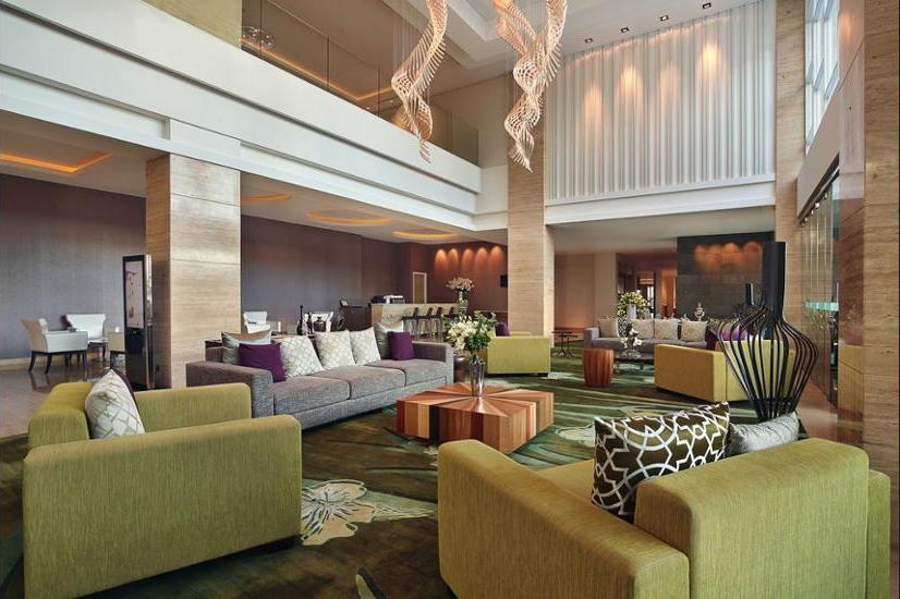 Mercure Bandung Setiabudi - Lobby Sitting Area