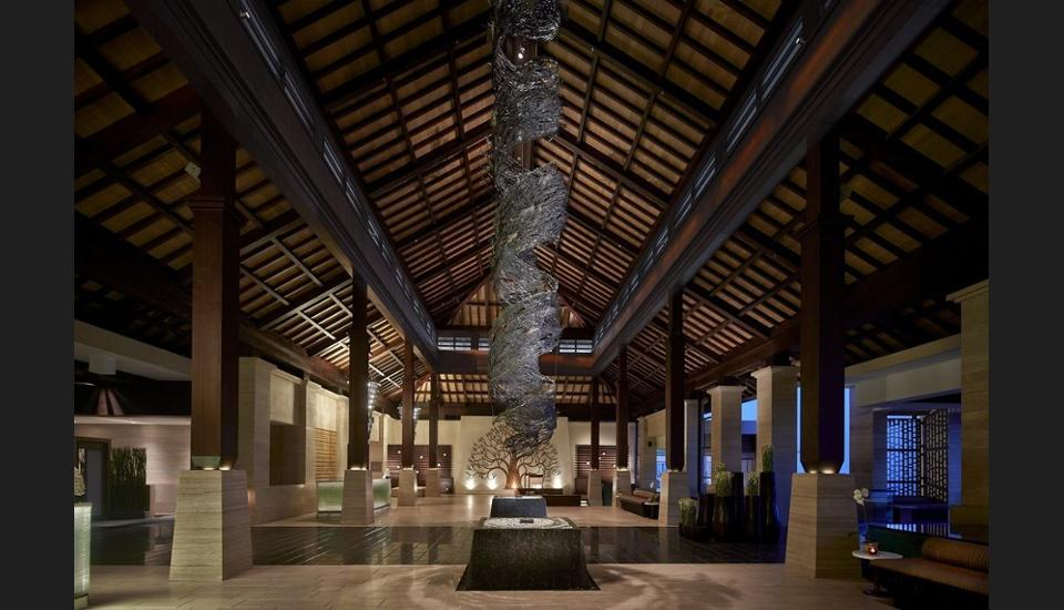 The Ritz-Carlton Bali - Interior Entrance
