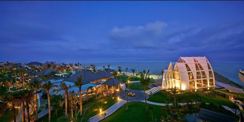 The Ritz-Carlton Bali - Featured Image