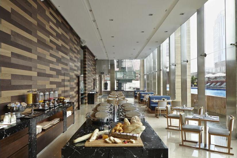Fraser Residence Menteng - Breakfast Area