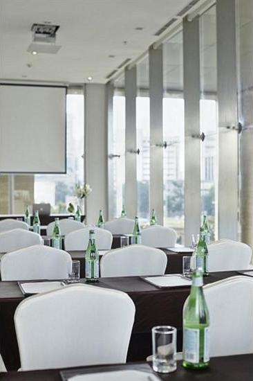 Fraser Residence Menteng - Meeting Facility