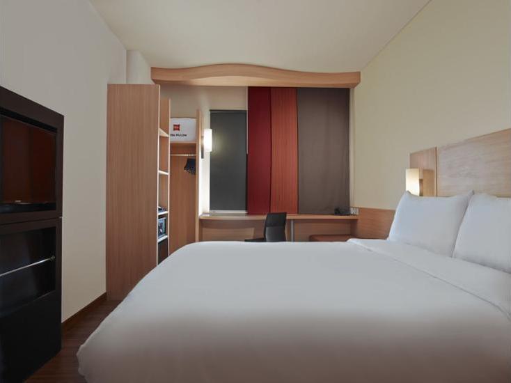ibis Cawang Jakarta - Guestroom