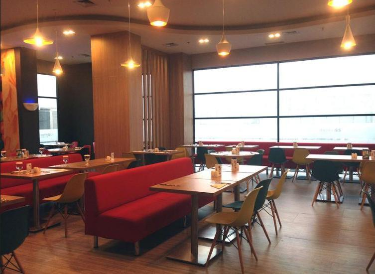 ibis Cawang Jakarta - Restaurant