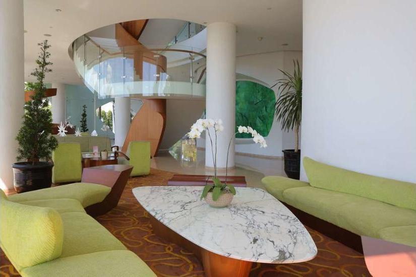 Sensa Hotel Bandung - Lobby Sitting Area