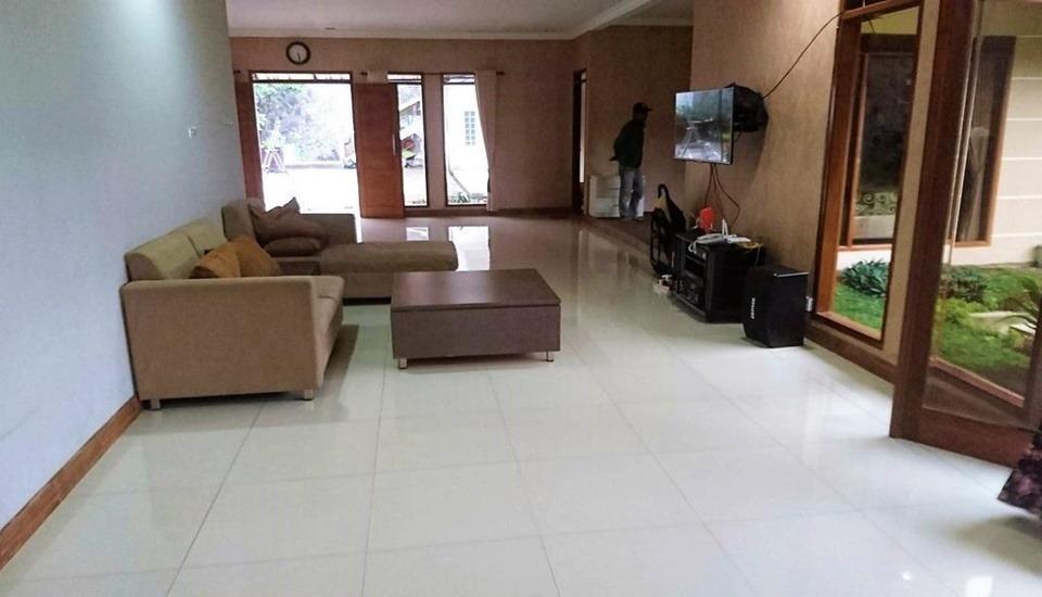 Villa Bumi Lembang Bandung - Interior