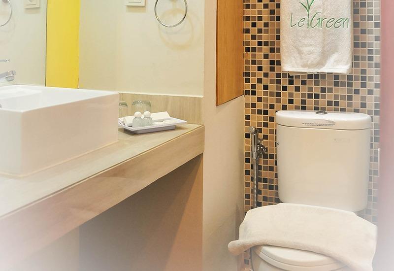 LeGreen Suite Poso Jakarta - Kamar mandi