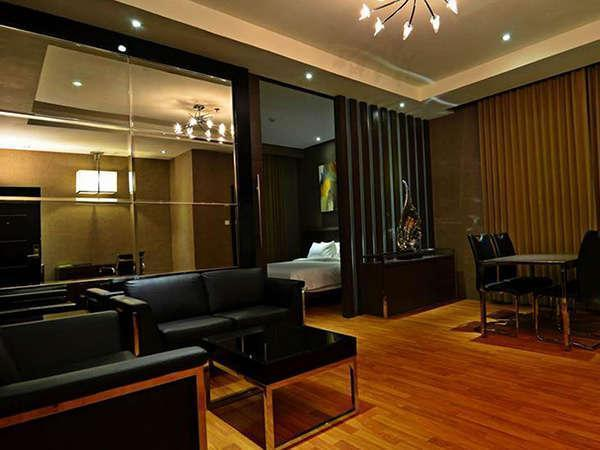 Savana Hotel Malang - Royal Suite