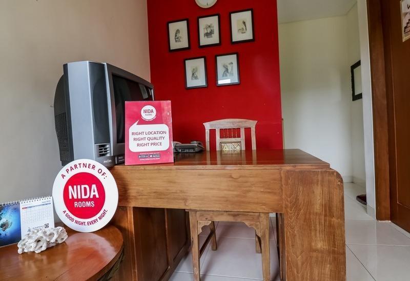 NIDA Rooms Tambak Sari 29 Denpasar Bali - Resepsionis