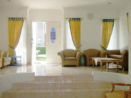 Villa Istana Bunga 4 Bedrooms Bandung - Villa K Lili