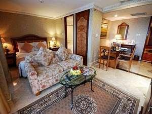 Hotel Ambhara Blok M - Junior Suite