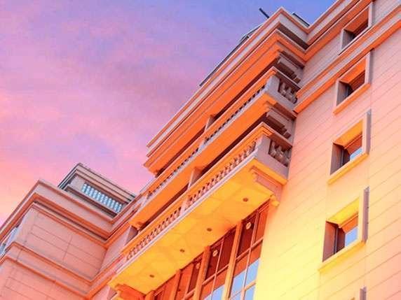 Hotel Ambhara Blok M - Tampak Luar