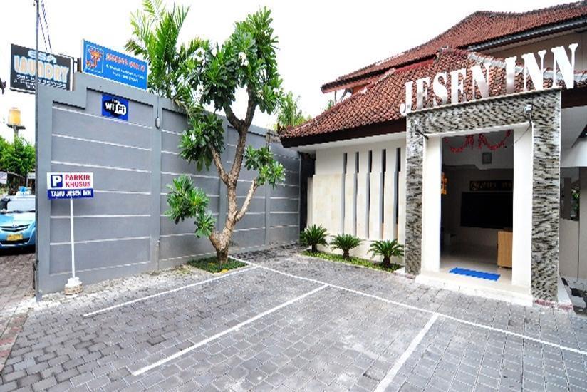 Jesen's Inn 2 Bali - Tampilan Luar Hotel