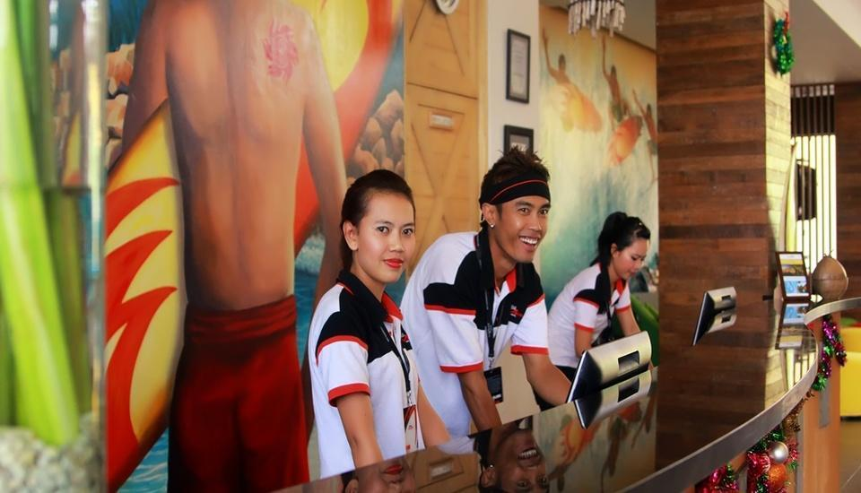 Bliss Surfer Thematic Hotel Bali - Front Office