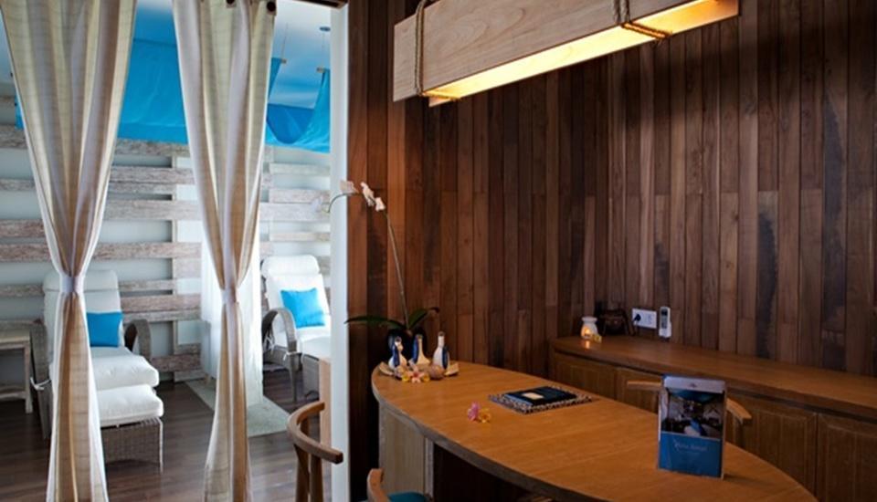 Bliss Surfer Thematic Hotel Bali - Kamar Spa