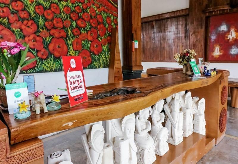 NIDA Rooms Uluwatu 1 Jimbaran Beach Bali - Resepsionis
