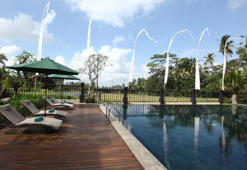 Onje Villa Ubud - Kolam Renang
