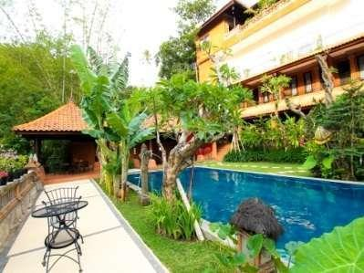 Ubud Hotel Malang - SWIMMING POOL
