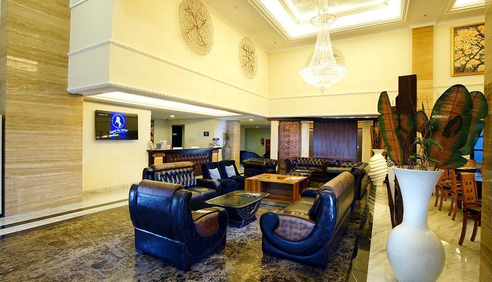 D'Senopati Malioboro Grand Hotel Yogyakarta - Lobby