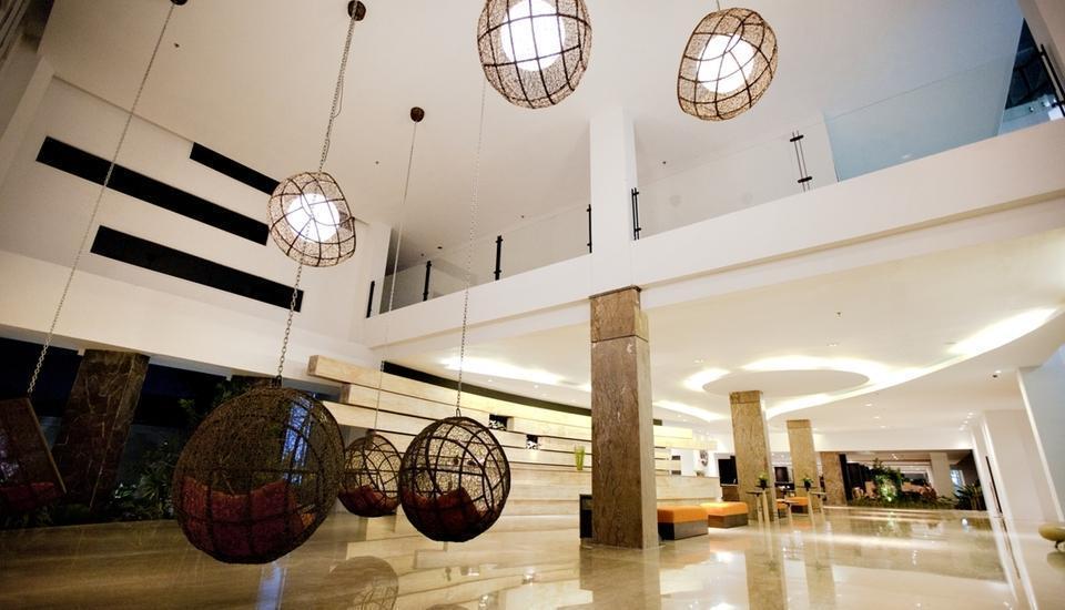 b Hotel Bali - Lobby