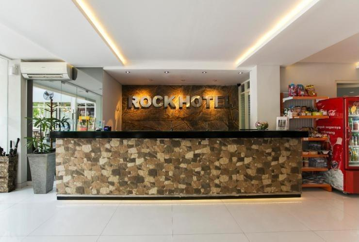 Rock Hotel Surabaya - Reception