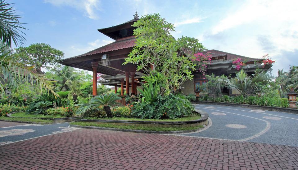 Bhuwana Ubud Hotel Bali - Jalan Masuk Ke Lobi