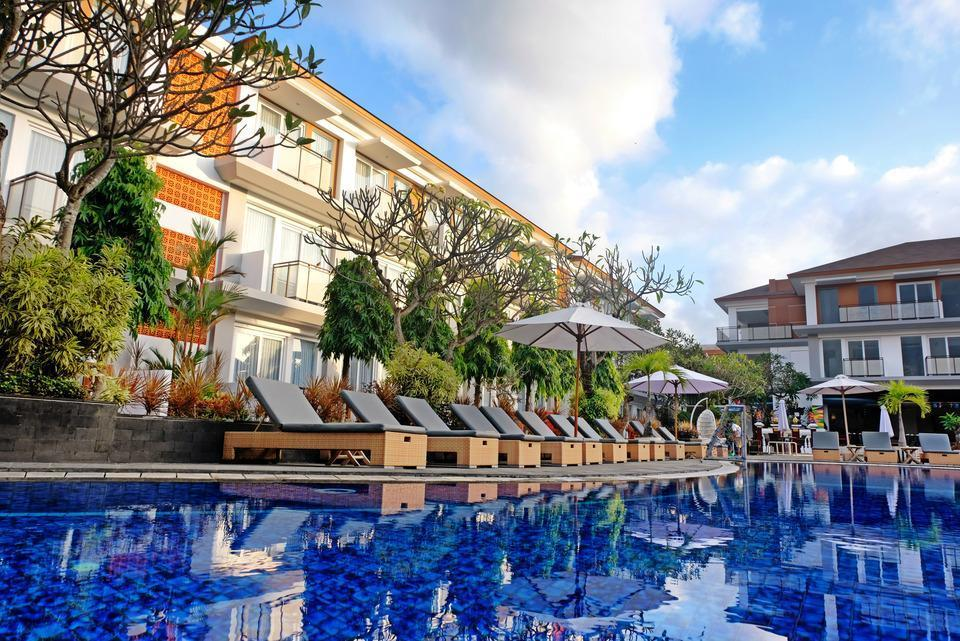 Sol House Bali Kuta by Melia Hotel International - Kolam Renang
