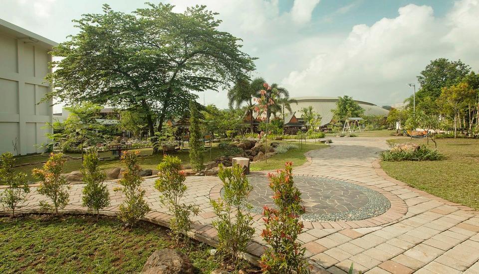 The Wujil Resort & Conventions Semarang - Jogging Track