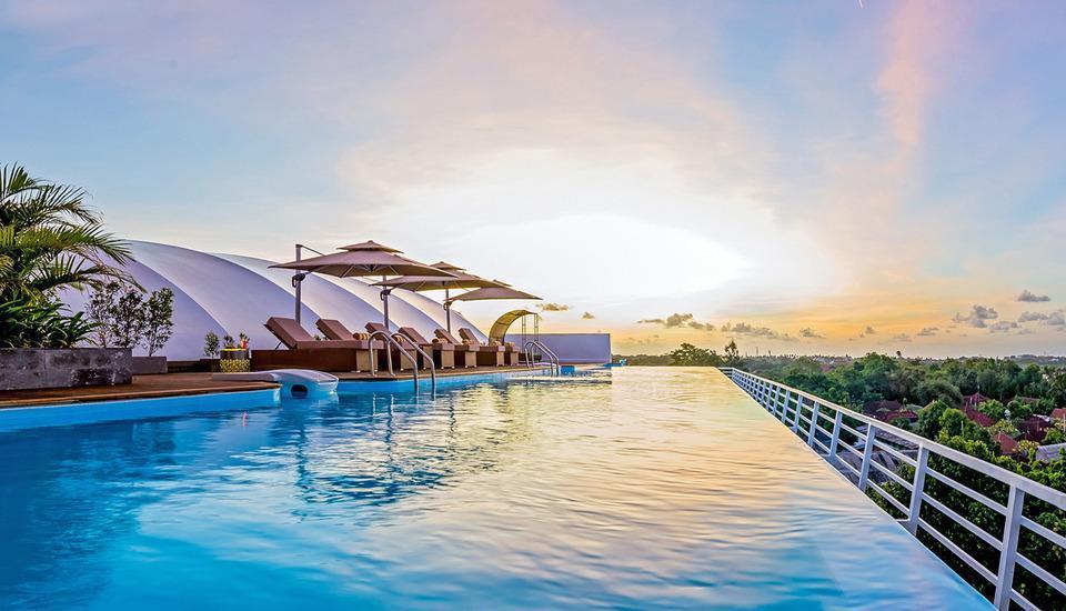 Infinity8 Bali - Kolam renang tanpa batas di puncak gedung