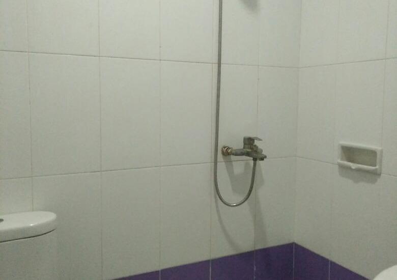 Hotel Ranah Bundo Padang - bathroom