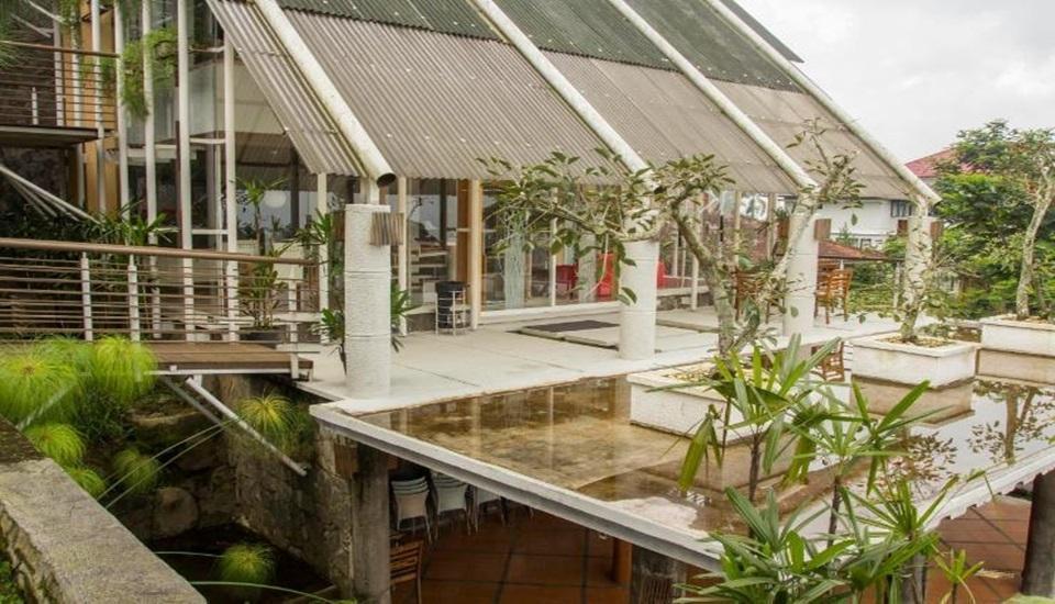 Villa Air Natural Resort Bandung - Exterior